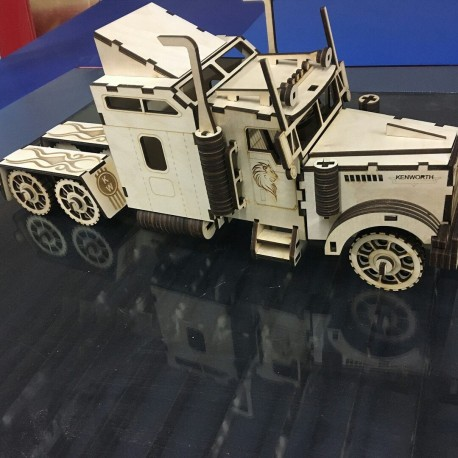 فایل طرح وکتور دو بعدی پازل لیزری کامیون